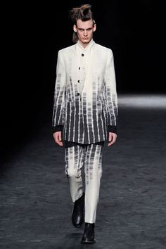 Ann Demeulemeester Menswear »    Fall 2012 Menswear