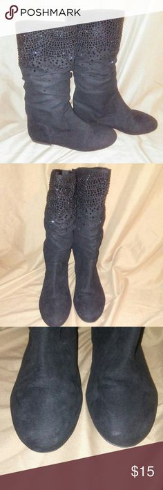 GB girl boots Slight wear on the toe but other than that they're in great condition. Giani Bernini Shoes Boots