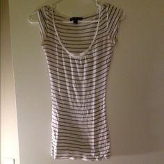 Express lightweight knit top Striped scoop neck shirt Express Tops Tees - Short Sleeve