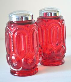 L.E. Smith Moon & Stars Ruby Glass Salt and Pepper Shakers.