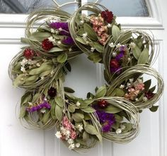 Larkspur And Loops Dried Flower Wreath | The Prettiest Fall Wreaths Made From Dried Flowers