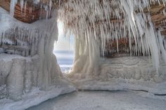 Le grotte di ghiaccio di Apostle Island, Wisconsin © Philip Schwarz