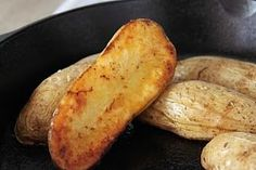 Stacey Scraps and Cooks: Cast iron skillet baked potatoes - recipe