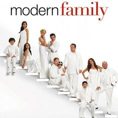 ABC in Talks to Develop Modern Family Spin-Off