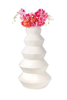 A Modern White Wedding Cake | Wedding Cake