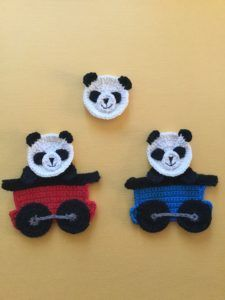Learn how to make this cute crochet panda face with my free crochet pattern and video tutorial at Kerri's Crochet. Crochet Panda, Giraffe Crochet, Crochet Bear, Cute Crochet, Crochet Animals, Crochet Crafts, Crochet Dolls, Crochet Projects, Crochet Applique Patterns Free