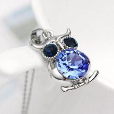 Süße Eulen-Halskette mit schönen Details. Silber und Gold. Wahnsinn! :-)) #owl #eule #uhu #animal http://style4-nature.de #style #fashion #donate #jewelry #schmuck