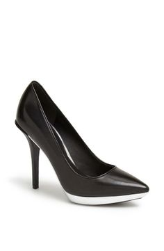 Love this black pump with a touch of white underneath   Kenneth Cole New York