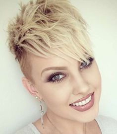 Short Hairstyles For Fine Hair - 1