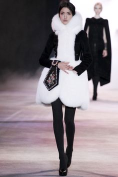Ulyana Sergeenko_Paris #fur #black #white