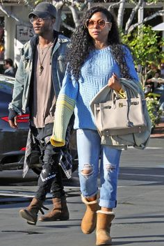 Taraji P. Henson wearing chestnut Uggs with distressed jeans and pink shades with her son in 2017. #taraji #streetstyle #uggs #uggboots Comfy Shoes, Comfortable Shoes, Chestnut Uggs, Taraji P Henson, Paris Jackson, Famous Stars, Eva Longoria, Boot Brands, Celebrity Look