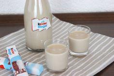 Rezept: Kinderriegellikör - The inspiring life Snacks Für Party, Partys, Cocktails, Drinks, Food Design, Little Gifts, Bartender, Healthy Dinner Recipes, Glass Of Milk