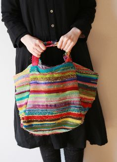 織 カパラ チャールトート Love Crochet, Knit Crochet, Crochet Market Bag, Yarn Bag, Crochet Handbags, Love Sewing, Dress Sewing Patterns, Knitting Accessories, Leather Fabric