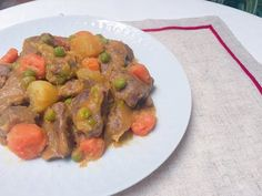 Guiso de ternera con Monsieur Cuisine Plus - YouTube Recetas Monsieur Cuisine Plus, Asparagus, Sausage, Meat, Chicken, Vegetables, Food, Youtube, Recipes With Vegetables