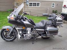 View goldwingdude's photo of a 1982 Honda Goldwing. Uploaded on Photo number Touring Motorcycles, Concept Motorcycles, Honda Motorcycles, Cars And Motorcycles, Honda 1100, Motos Honda, Moto Cafe, Trike Motorcycle, Bmw