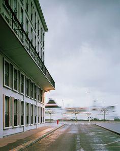 Véronique Ellena, Le Havre. Le passage du ferry, 2007,  photographie couleur , tirage lambda, 100 x 80 cm © MuMa Le Havre / Véronique Ellena