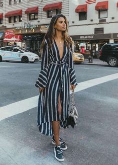 80 Breathtaking Summer Fashion Outfit Ideas For Women Summer Fashion Outfits, Spring Outfits, Trendy Outfits, Spring Fashion, Cool Outfits, Fashion Dresses, Winter Outfits, Fashion Mode, Look Fashion