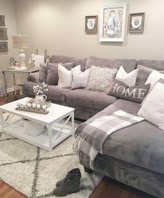 Cool 30+ Cozy Living Room Design Decorating Ideas. More at http://trendecora.com/2018/05/12/30-cozy-living-room-design-decorating-ideas/