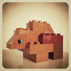 Finn's Bear. I've been trying to make my toddler #Lego #Duplo animal #toys with the fewest bricks.