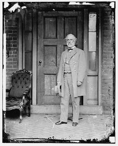 The last photo of General Robert E. Lee in his confederate uniform, after his surrender to General Ulysses S. Grant in Appomattox, VA.