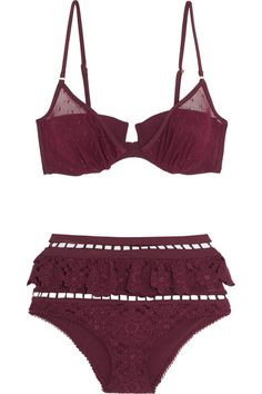 Burgundy stretch-polyamide, broderie anglaise and point d'esprit Clasp fastening at back 72% polyamide, 28% elastane Hand wash
