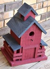 Wooden SOUTHERN BARN BIRDHOUSE - Great Details