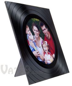 Recycled Vinyl Picture Frame: Display photos in a recycled LP album