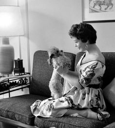 0 gloria dehaven holding her poodle