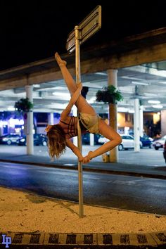 Street pole - Closed Allegra... I WILL get this move!!!