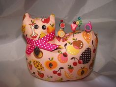 FRUIT SALAD CAT Pin Cushion with 5 x Decorative Pins