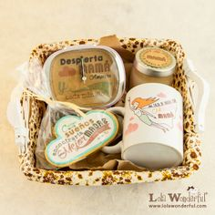 Lola Wonderful_Blog: Día de la madre, regalos personalizados Lola Wonderful, Breakfast Basket, 50s Diner, Party In A Box, Creative Gifts, Craft Gifts, Gift Baskets, Special Gifts, Lunch Box