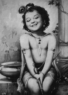 krsnas tu bhagavan svayam.   Krishna Cutie Patootie!