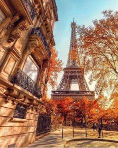 Eiffel Tower Photography, Paris Photography, Nature Photography, Travel Photography, City Aesthetic, Travel Aesthetic, Paris Background, Paris Wallpaper, Paris Travel Guide