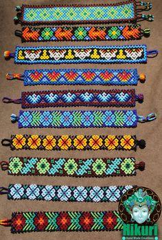 Beaded Bracelet Patterns, Bead Loom Patterns, Woven Bracelets, Beading Patterns, Crochet Bedspread Pattern, Seed Bead Necklace, African Jewelry, Bead Jewellery, Jewelry Making Tutorials