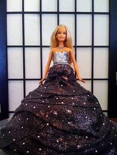 Awesome barbie cake