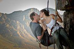 A rock climbing engagement photo shoot! Awww
