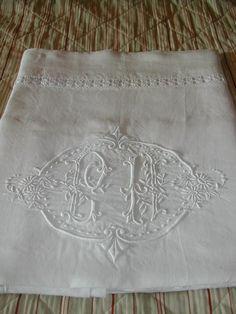 La Pouyette....: Monogrammed French Linen Drap's