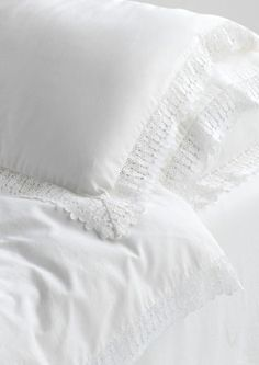 Toast washed lace bedlinen