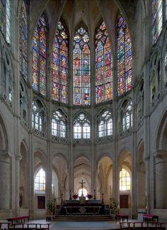 vue du choeur de saint Pierre de Chartres