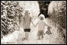 Healthy Sibling Relationships   Psychology Today
