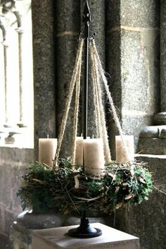New Screen Advent Wreath green Popular Many chapels web host the Advent-wreath-making affair in the first Sunday on the season. Rustic Christmas, Winter Christmas, Christmas Home, Christmas Wreaths, Christmas Crafts, Advent Wreaths, Christmas Tables, Nordic Christmas, Reindeer Christmas