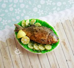 Miniature fried fish on a plate for dolls от SweetMiniDollHouse