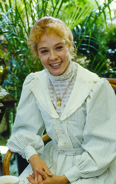 Colleen Dewhurst, Tomorrow Is A New Day, Gilbert Blythe, Anne With An E, Anne Shirley, Pink Gowns, Pride And Prejudice, Celebrity Weddings, Red Hair