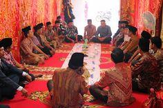 MANTAGI BARU: Teks Pidato Pasambahan Batagak Gala di Minangkabau...