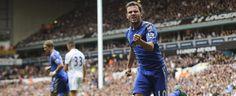 Juan Mata, del Chelsea, celebra marcar un gol al Tottenham durante el partido disputado en White Hart Lane.