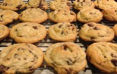 Best chocolate chip cookie recipe & tips for the perfect cookie!