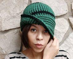 Free Vintage Cloche Crochet Hat Pattern Chunky Crochet Hat, Crochet Baby Hats, Crochet Slippers, Crocheted Hats, Crochet Santa, All Free Crochet, Super Bulky Yarn, Headband Pattern, Cloche Hat