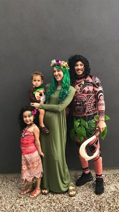 DIY Moana family costumes Source by Related posts: Jurassic Park Family Costumes! Pumpkin Patches + Family Costumes 15 Last-Minute Family Halloween Costumes The Flintstones Family Halloween Costumes That Prove Dressing Up Is Not Just Chi… Moana Halloween Costume, Halloween Costume Contest, Diy Costumes, Halloween Costumes For Kids, Moana Costumes, Diy Halloween, Zombie Costumes, Halloween Couples, Homemade Costumes