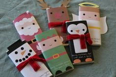 Here is another last minute gift idea – Printable Christmas Candy Bar Wrappers! I think I'm going to send these to school with the kids to pass out to their classmates! Thanks to Fe Fi Fo Famma for this freebie! Christmas Candy Bar, Christmas Favors, Noel Christmas, Christmas Goodies, Christmas Printables, Winter Christmas, Christmas Presents, Christmas Decorations, Christmas Ideas
