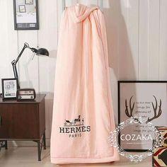 Hermes Paris, Luxury Life, Best Brand, Bedroom Decor, Cozy, Home Decor, Decoration Home, Room Decor, Decorating Bedrooms